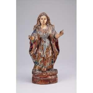Imagem sacra, esculpida em madeira com resquícios de policromia e douração. <br />27 cm de altura. Brasil, séc. XIX.