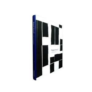 """RAQUEL ARNAUD – """"Os artistas e críticos com os quais RAQUEL Arnaud lidou ao longo de sua trajetória foram determinantes para a formação de um meio de arte consistente e relevante no Brasil."""" Este livro, ilustrado, traz o seu olhar contemporâneo de RAQUEL sobre a arte brasileira. <br />800g; 27x22 cm; 190 págs.; capa dura; em português e inglês"""