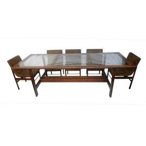 JORGE ZALSUPIN -Sala de jantar composta por 8 cadeiras e mesa da LATELIER. Brasil Dec 70 - 76 cm de alt, 252 de comp e 102 de prof.