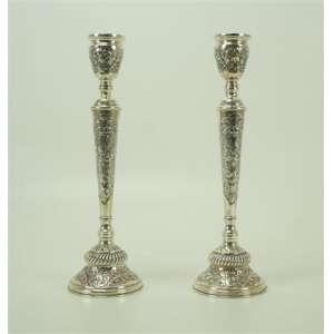 Par de castiçais em prata nacional - 33 cm de alt.