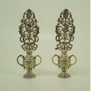 Par de vasos em prata de lei - 833 Alves Pinto - 20,5 cm de alt.