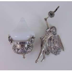 Mini lamparina de prata de lei representando anjo , contrate na lampada. 22 cm de alt.