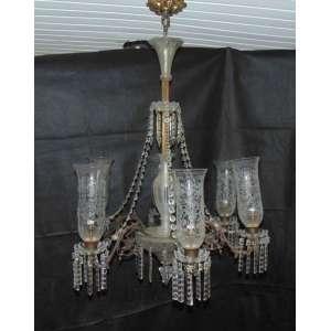 Lustre em bronze e cristal Baccarat .França Séc XIX - 100 cm de alt e 80 de diâm.