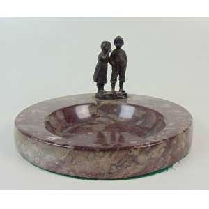 Schmidt Filling - Porta cartões em mármore e figuras em bronze - 23 cm de diâm.