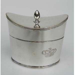 Caixa de chá de prata de lei altura 7cm,largura 6cm e 12cm de comprimento.
