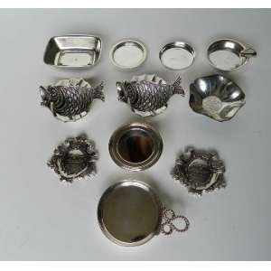 Lote com 11 objetos diversos de metal prateado,sendo uma das peças Christofle.