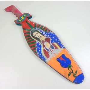 Autor não identificado - Nossa Sra. de Guadalupe - Óleo sobre madeira em forma de espada estilizada - (no verso uma figura Azteca)- 79 x 20 cm.