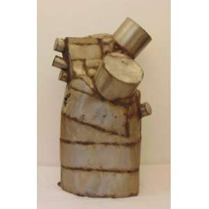 Caciporé Torres - S/T - Escultura em aço inoxidável - 130 x 85 x 70 cm.