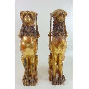 Par fragmento representando grifos de madeira finamente lavrada e dourada .Europa Séc XIX - 67 cm de alt. ( No estado )