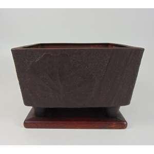 Importante Braseiro de bronze trabalhado ornamentado por motivos vegetais - Japão séc XIX - 17 cm de alt, 24 x 24 Coleção Hans Helmut Steffens .