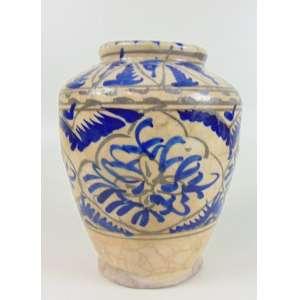 Vaso de cerâmica esmaltada decorado em azul - Japão Sec XVIII - 23 cm de alt e 17 de diâm.Coleção Hans Helmut Steffens