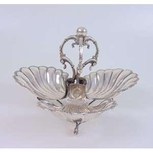 Belo Covilhete em prata de lei portuguesa - 14 cm de alt e 23 de diâm.