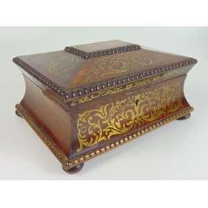 Caixa em madeira finamente trabalhada ao gosto Boule -França Sec XIX - 14 cm de alt, 26 x 20 cm.