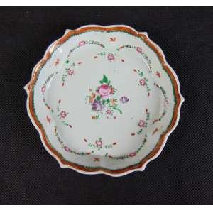 Covilhete de porcelana esmaltada decoração Familia Rosa da Cia das Índias - 13 cm de diâm. China Sec XVIII