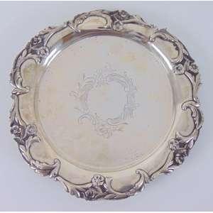 Salva de prata de lei ricamente trabalhada contraste javali .Portugal Séc XIX - 21 cm de diâmetro - 21 cm de diâmetro