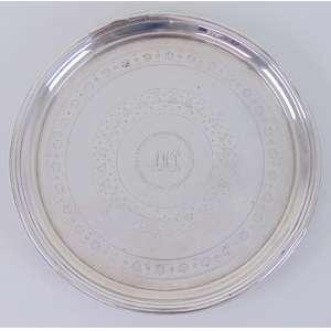 Salva de prata de lei ricamente trabalhada contraste P COROA estilo Império .Portugal Séc XIX - 20 cm de diâmetro