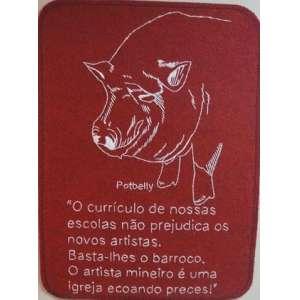 MARTA NEVES, Potbelly, bordado sobre tapete vermelho em polipropileno, ass. no verso, 2001, 55 x 40 cm.