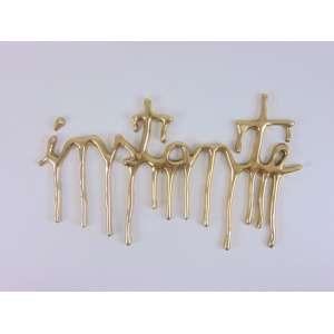SHIRLEY PAES LEME - Instante - Letra cursiva fundida em bronze - dat 2014 - edição 50 - 20 x 30 x 1 cm. Certificado DE Autenticidade da Galeria Arte Hall