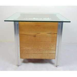 Sergio Rodrigues (Para caixa de cachepot) - mesa lateral em madeira e aluminio, oca na parte inferior - 60 cm de alt, 70 x 70 cm. Os desenho originais desta peça estão reproduzidos no livro Sérgio Rodrigues. (Vidro com pequeno bicado)