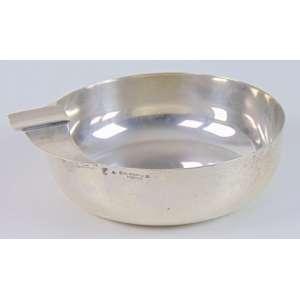 Cinzeiro redondo em prata portuguesa - 10 cm diâm.