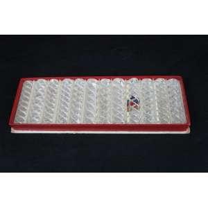 Maison Baccarat. Caixa com 12 apoios de talheres em cristal Baccarat modelo Bambou. Marcas nas peças. (3 com bicados)