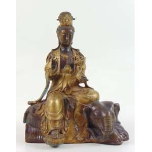 Buda sentando em elefante - China inicio séc. XX - 28 cm alt, 22 x 14 cm.