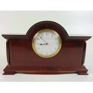 Relógio Inglês - Mappin Be Webb - mostrador em porcelana com chave - 18 cm alt, 29 x 8 cm.