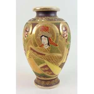Vaso de cerâmica esmaltada decoração Satsuma . Japão Séc XX - 31 cm alt, 17 cm diâm.