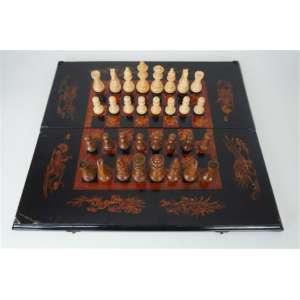 Jogo de Gamão em xadrez em fina laca - Japão Séc XIX.