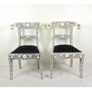 Par de cadeira Marroquinas - 89 cm alt, 60 cm comp, 43 de prof.