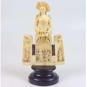 Belissima escultura em formato de Tríptico finamente trabalhada em marfim representando Nobre Dama e cena de Batalha . Europa Sec XIX. - 25 cm de alt com base, 20 sem base