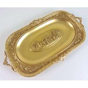 Bela bandeja de fino bronze fundido e dourado ricamente trabalhada . Europa Sec XIX - 24 x 43 cm.