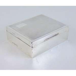 Caixa de prata de lei, contraste referente a Londres.Inglaterra -9 x 8 cm.