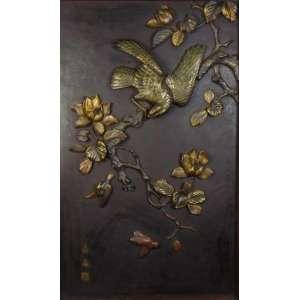 Belíssima placa de bronze fundido e cinzelado com policromia , assinada . Japão Sec XIX H- 120 x 73 cm.