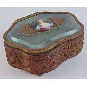 Caixa em cristal e esmalte - 7 cm alt, 16 x 12 cm.