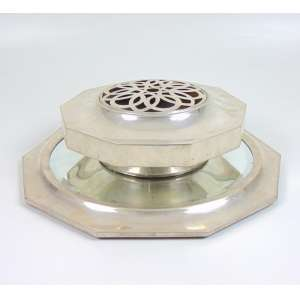 Centro de mesa de prata de lei elegante estilo Art Deco , contraste aguia . Portugal Sec XX.- 10 cm alt,38 cm diâm.