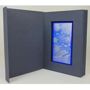 SANDRA CINTO, O livro dos mares e das estrelas esquecidas, 2010 - ed. VI/XII - 22 x 13 x 4 cm .