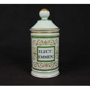 Pote de porcelana esmaltada para artigos de farmácia. Europa Sec XX. - 26 cm alt, 11 cm diâm.