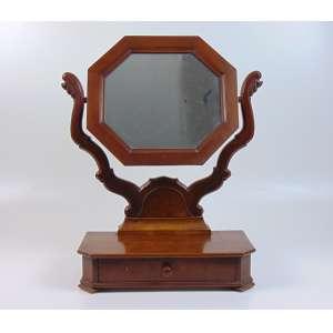 Mini Penteadeira de madeira de lei estilo Império Brasil Séc XIX- 63 cm de alt, 43 de comp e 20 de prof.