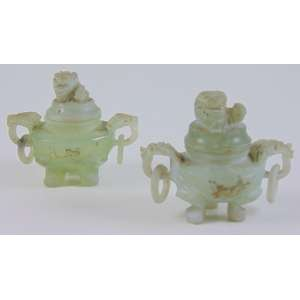 Par de incensários de Jade - 5 cm alt. (no estado)