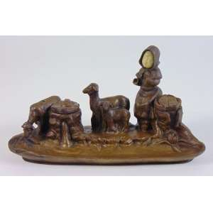 Grupo escultórico de bronze e marfim (no estado) - 12 cm alt. 23 x 10 prof.