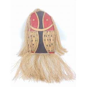 Mascara cerimonial Indígena - Etnia Kuikuro, alto Xingu - madeira entalhada, policromada com pigmentos naturais e palha - 104 x 57 x 6 cm