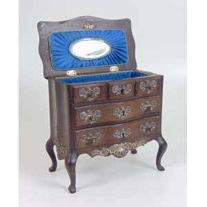 Comoda miniatura no estilo Dom João ornamentado por prata de lei e interior por porta joias - 19 cm alt, 20 cm compr, 11 cm prof.