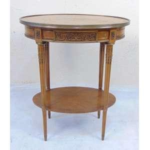 Móvel lateral em madeira de lei marchetada ornamentada por bronze. Europa Sec XIXXX.- 72 cm alt, 60 cm compr, 41 cm prof.