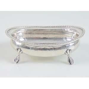 Covilhete em prata de lei repuxada - Contraste 10 dinheiro - marca do prateiro não identificada - Brasil Séc. XIX.