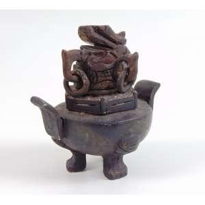 Incensário de pedra - 14 cm alt, 14 cm compr, 11 cm diâm. (no estado) China Sec XX