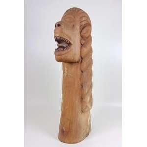 LOPES - Carranca - madeira entalhada - ass. e localizada Petrolina 1973 - 90x20x35 cm - apresenta marcas do tempo e de cupim.