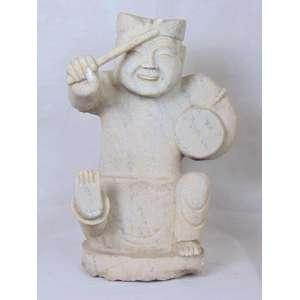 Escultura em mármore representando musico .China Séc XX. - 51 cm alt, com alguns bicados