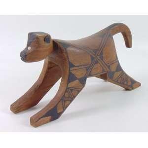 Arte Indígena - Escultura em Forma de Banco Representando Macaco - madeira entalhada e pigmento natural - 23 cm alt x 50 x 18 cm.