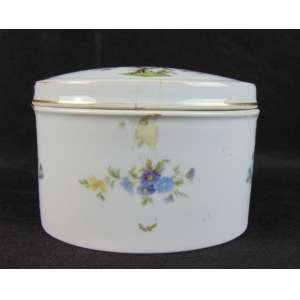 Caixa de porcelana esmaltada manufatura Rosenthal - Alemã - 11 cm de alt, 15 de comp e 11 de prof. Alemanha Séc XX